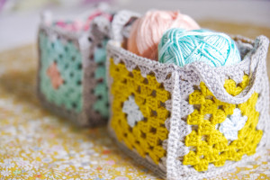 Crochet-granny-basket-low2-1