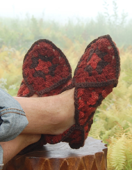 granny-square-slippers-32