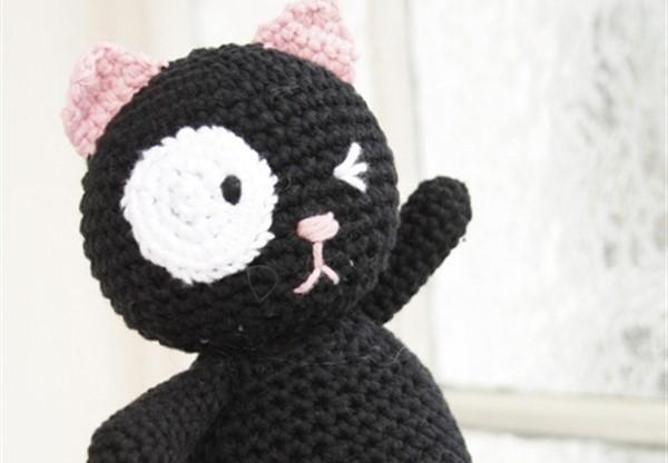 Кот Сильвестр от DROPS Design — кот амигуруми крючком