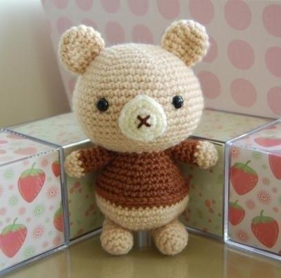 медвежонок амигуруми