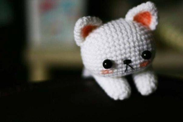 Падающий котенок амигуруми