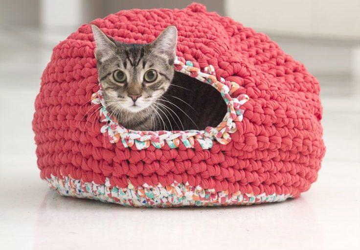 Вязание крючком на кошку 829