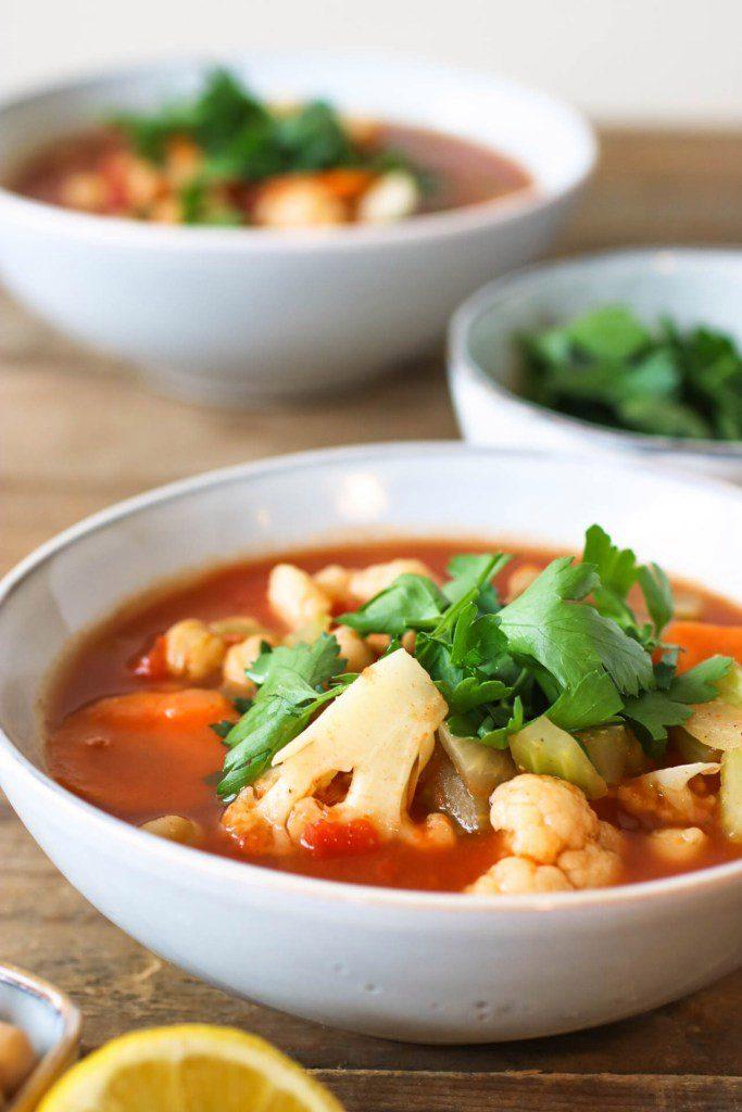 Марокканский суп из нута и цветной капусты